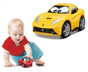 BBURAGO JUNIOR MINI AUTKO FERRARI 85005